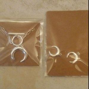 Necklace/Earrings set